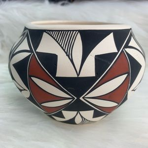 Other - Vintage Mexican jar/pot art, ceramic clay, painted